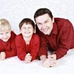 大人と子供の笑顔