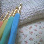 かぎ針でスヌードはどう編むの?編み方を紹介!!