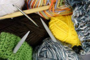 毛糸と編み棒