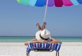 海辺で休憩中