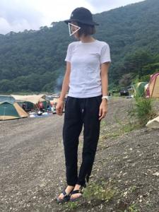 夏のアウトドアファッション