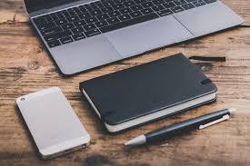 PCとスマートフォンと手帳